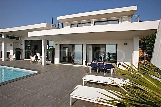 Villa De Luxe A Vendre A Marseille