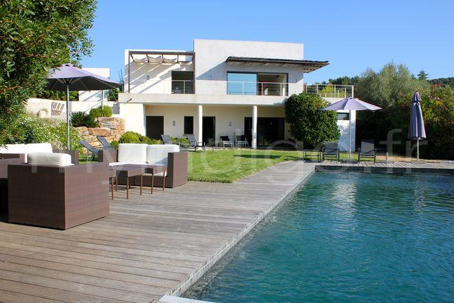 Best maison de luxe moderne exterieur pictures amazing for Exterieur de maison contemporaine