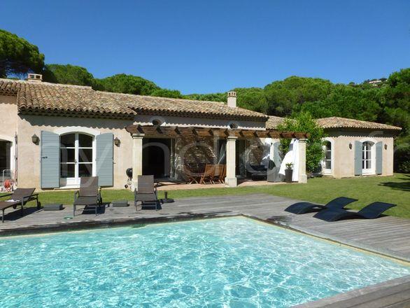 villa neobastide 2 saint tropez photoshoot. Black Bedroom Furniture Sets. Home Design Ideas