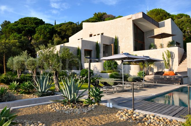 Villa sealoft 2 saint tropez photoshoot for Parterre contemporain