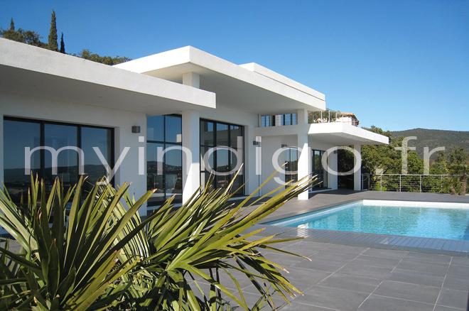 Villa miragic 1 st tropez photoshoot for Interieur villa contemporaine